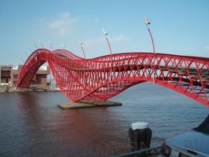 В Амстердаме планируют напечатать мост на 3D-принтере